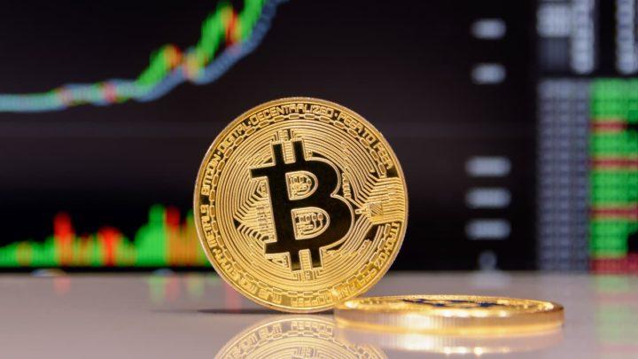 Novo Recorde da Bitcoin: Criptomoeda chegou aos 27 mil dólares