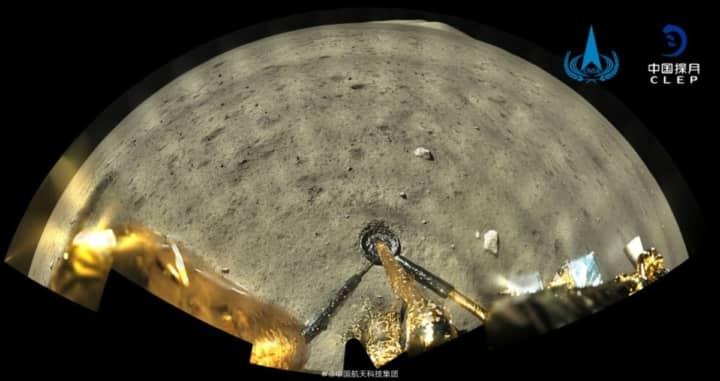 Imagem da Lua a cores da sonda da China