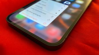 Imagem iPhone 12 Pro com OLED Samsung