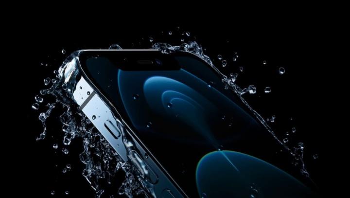 Imagem iPhone 12 com marketing da Apple à prova de dágua