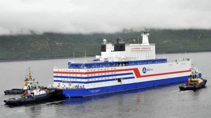 Primeiro navio a fornecer energia ao porto russo de Pevek, no Mar da Sibéria Oriental, em dezembro de 2019.