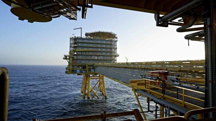 Extração de petróleo na Dinamarca.