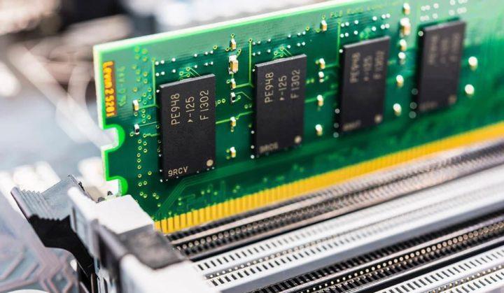 Incrível: Hack converte uma placa de memória RAM num emissor Wi-Fi