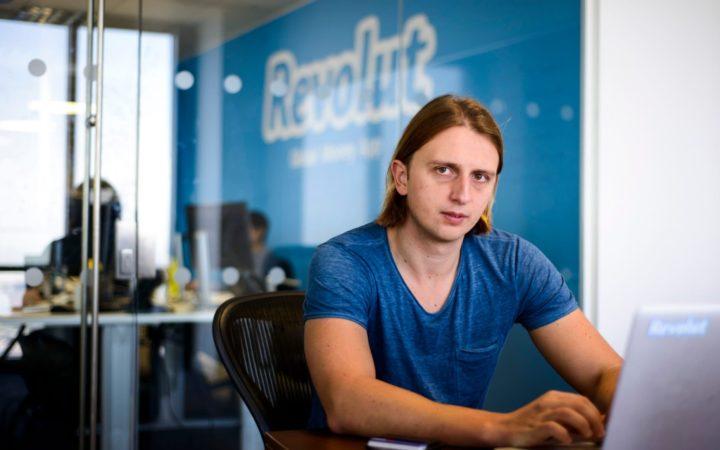 """Revolut: Há quase um ano para aceder ao """"difícil"""" Multibanco"""