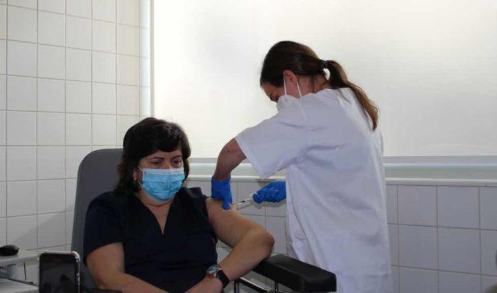 COVID-19: Vacina Novavax inclui fragmentos do coronavírus e é 89% eficaz