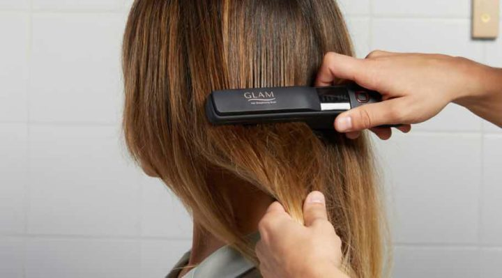 GLAM: O gadget que é uma escova portátil alisadora de cabelo