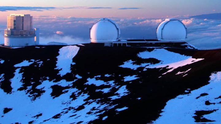 Imagem do Observatório Keck no Havai.