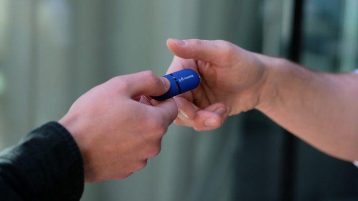 Será que os brindes como memórias USB personalizadas ainda são eficazes?
