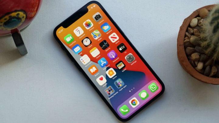 iPhone 12 mini Apple vendas produção smartphone
