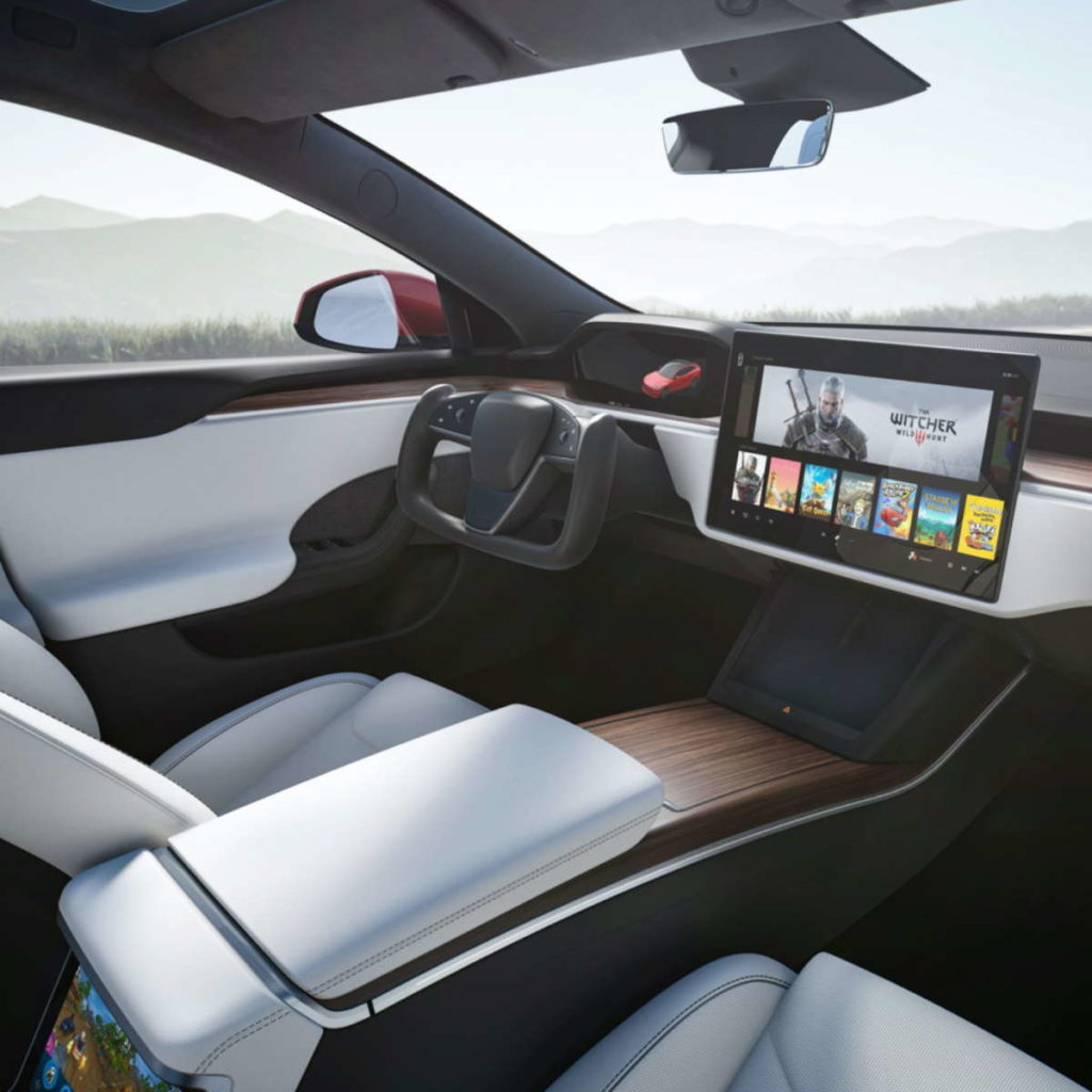 Tesla Model S interiores surpreender modelo