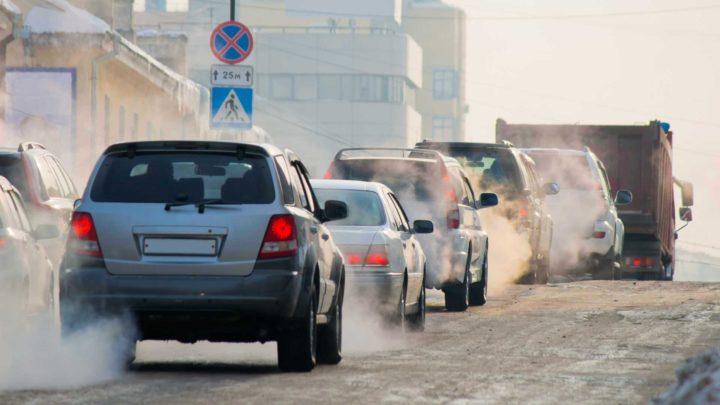 Marcas de automóveis debaixo de olho da UE por causa das emissões de CO2