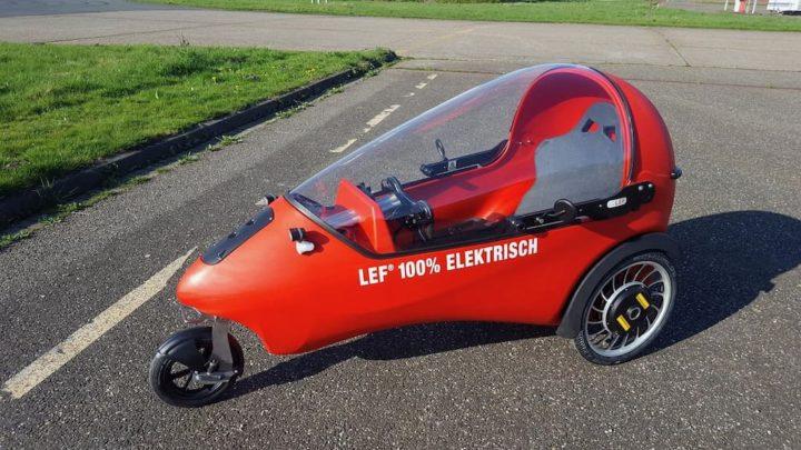 LEF: O veículo elétrico de três rodas com 30 km de autonomia