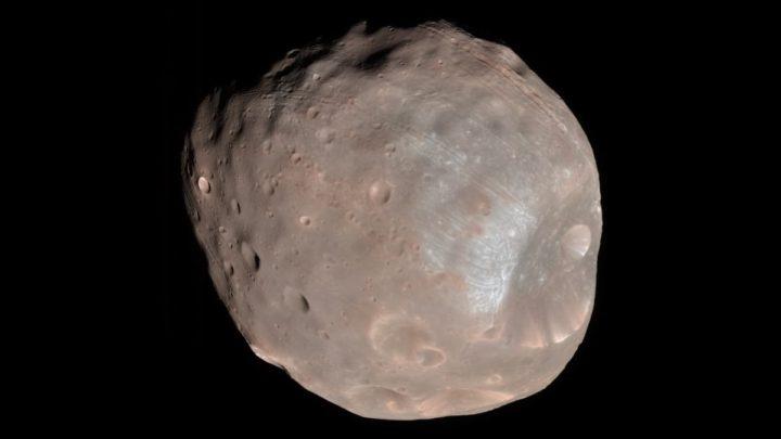 Imagem de Fobos, uma das duas luas de Marte