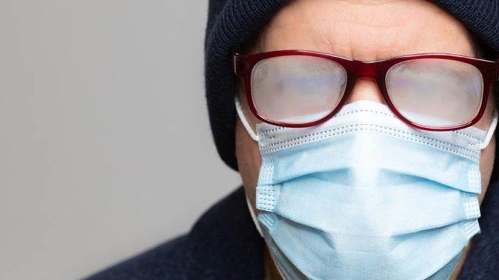 COVID-19: Humidade gerada pelas máscaras pode reduzir gravidade da doença