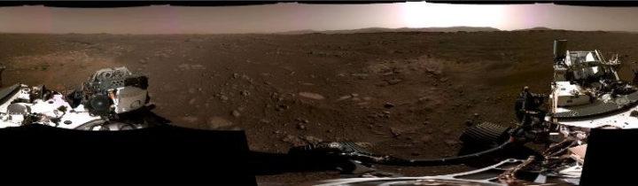 Panorâmica da superfície de Marte