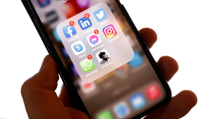 Facebook Instagram Clubhouse rede social conversa