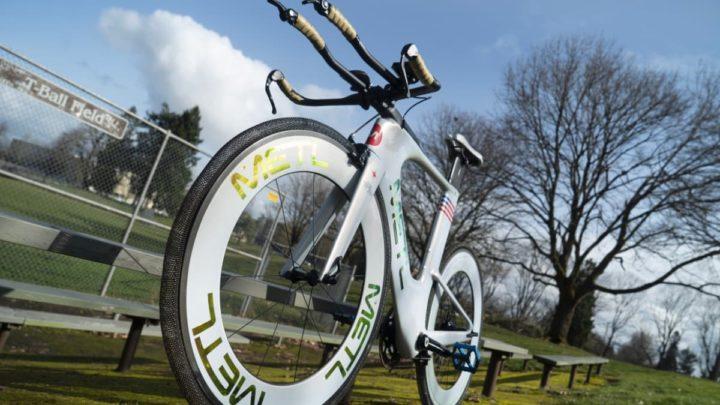 Imagem de bicicleta com pneus fabricado com tecnologia NASA