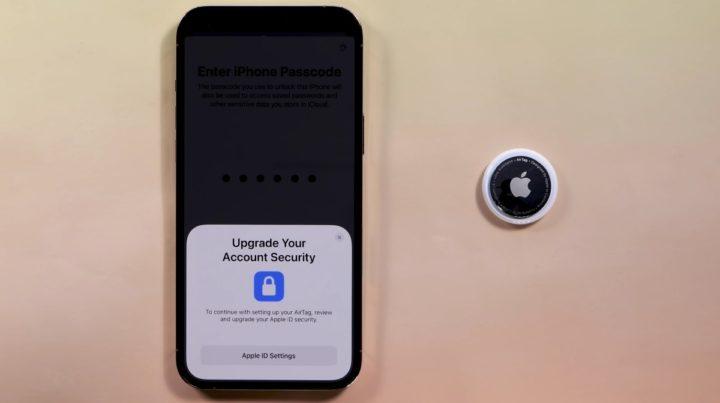 Imagem Apple AirTags com indicação de indexação ao ID Apple