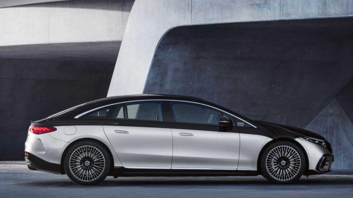 É oficial: Chegou o novo Mercedes-Benz EQS com 770 km de autonomia