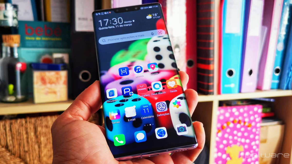Huawei smartphone testes hardware app