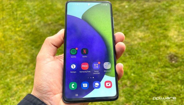 Análise Samsung Galaxy A52/A52 5G: Especificações de topo, preço médio