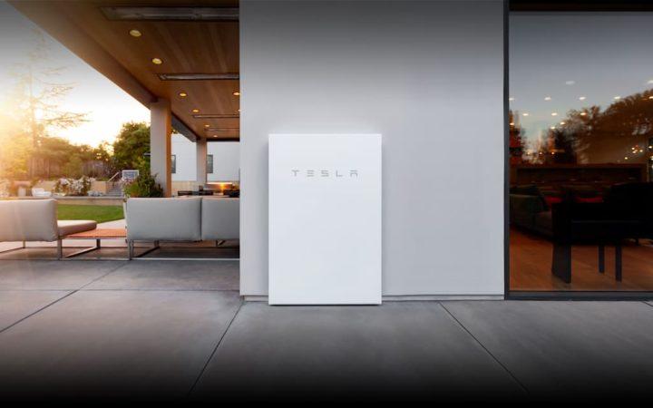 Primeiras imagens do novo Tesla Powerwall+ e especificações