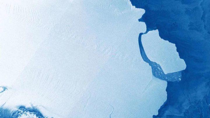 Antártida: Maior iceberg do mundo soltou-se de plataforma de gelo