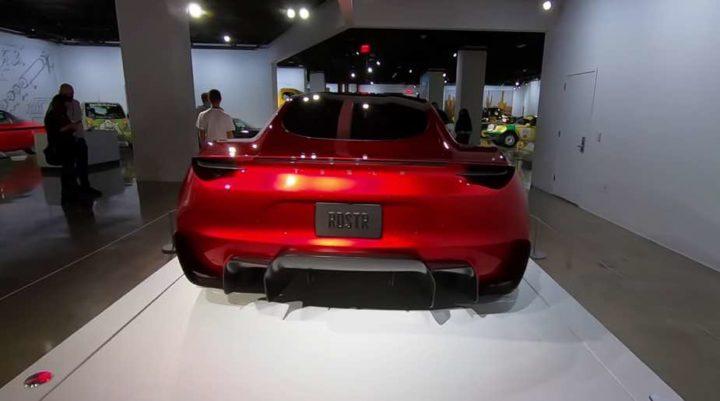 Tesla Roadster vai dos 0 aos 100 Km/h em apenas 1,1 segundos