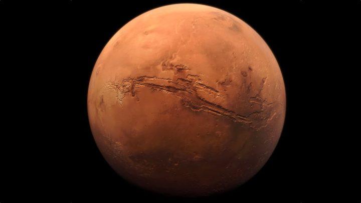 Imagem de Marte com tom vermelho