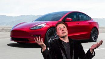 Imagem elon Musk com Tesla Model Y