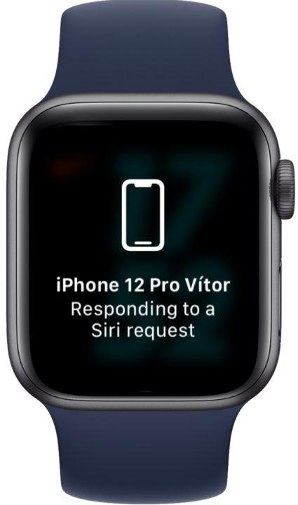 Ilustração uso do Apple Watch para desbloquear o iPhone com o rosto tapado com máscara no iOS 15