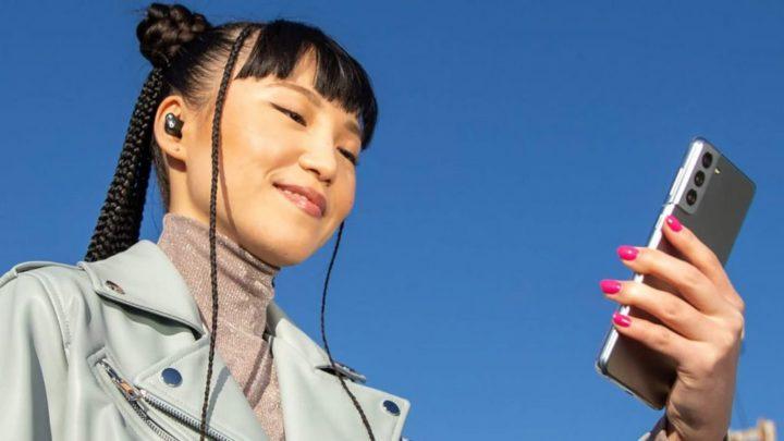 Apple é apanhada a usar o Galaxy S21 para comercializar os seus Beats Studio Buds