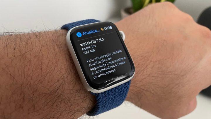 Imagem Apple Watch com watchOS 7.6.1