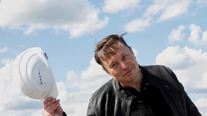 Elon Musk Apple Epic Tesla Twitter