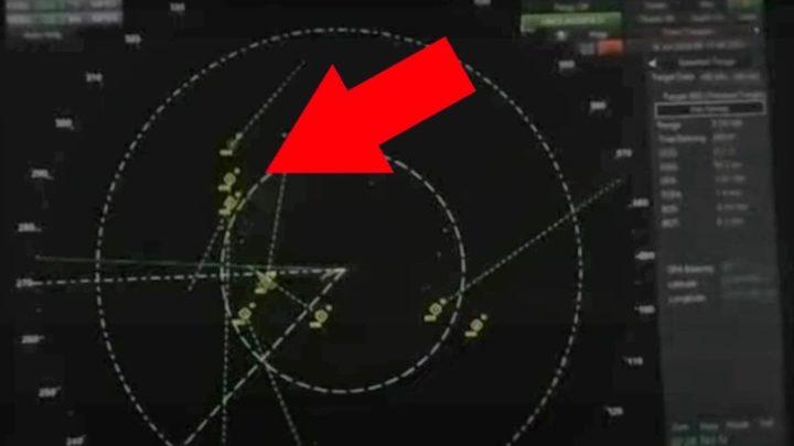 Imagem de radar os OVNIS ou FANIs no USS Omaha (LCS-12)