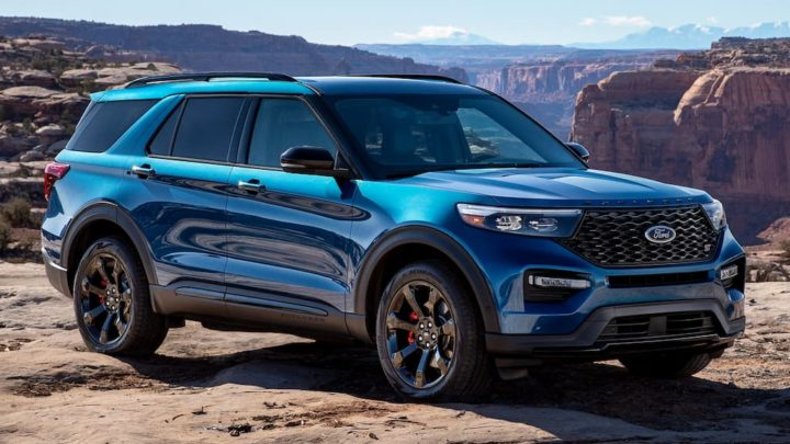 Ford chama às oficinas 775.000 SUV Explorer em todo o mundo