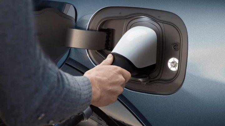 China: Venda de carros elétricos Plug-In dispara! Quais os mais vendidos?