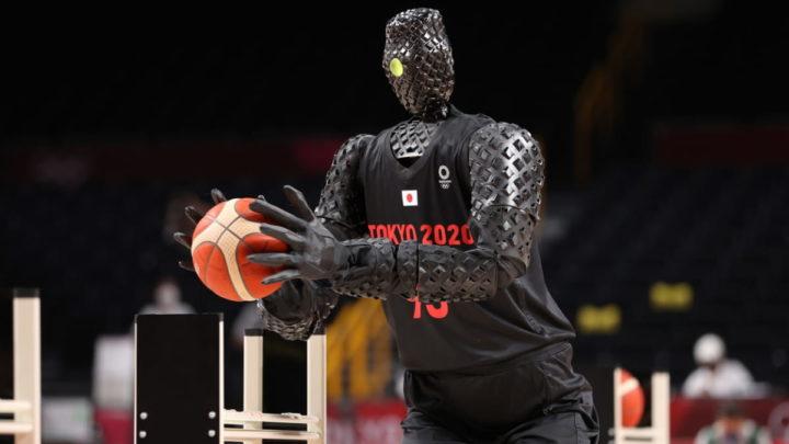 Robô basquetebolista nos Jogos Olímpicos, em Tóquio