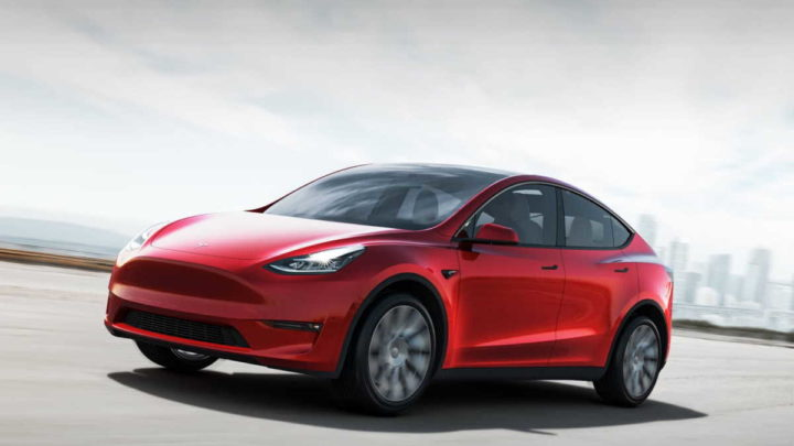 Tesla deverá lançar carro por 25 mil dólares e sem volante (em 2023)
