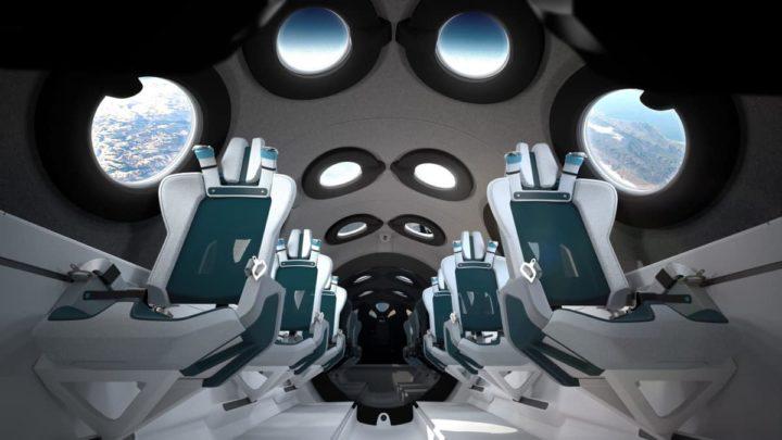 Interior da aeronave da Virgin Galactic