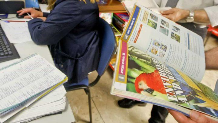 Plataforma Mega: Início de aulas com alunos sem manuais escolares