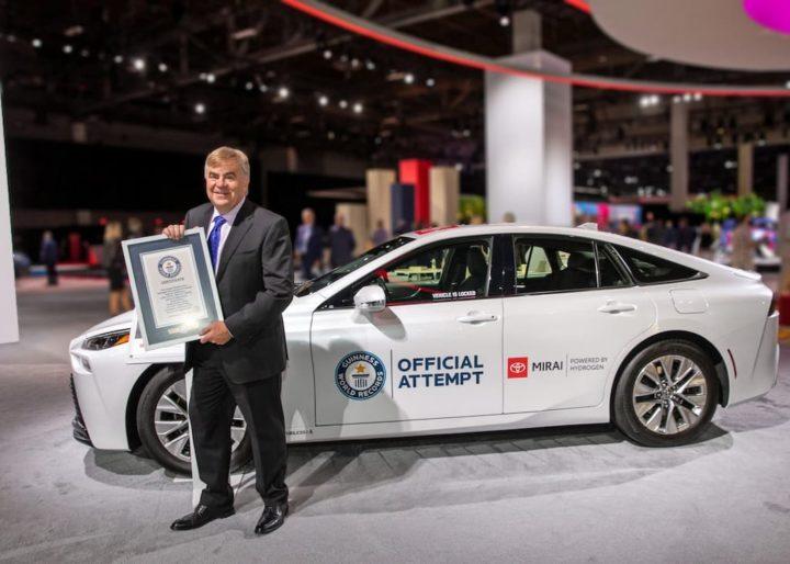Toyota Mirai bate recorde mundial! 1360 km movido a hidrogénio