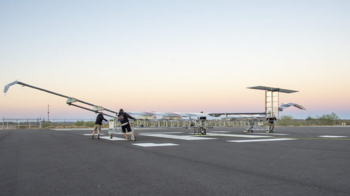 Aeronave Zephyr da Airbus movida a energia solar