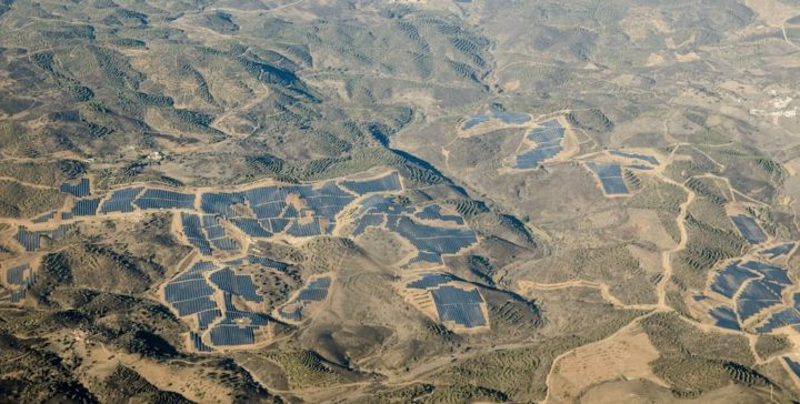 Maior central solar de Portugal vai ter mais painéis e armazenagem