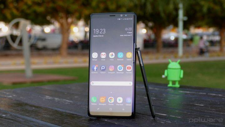 Tem este smartphone Samsung? Acabaram-se as atualizações
