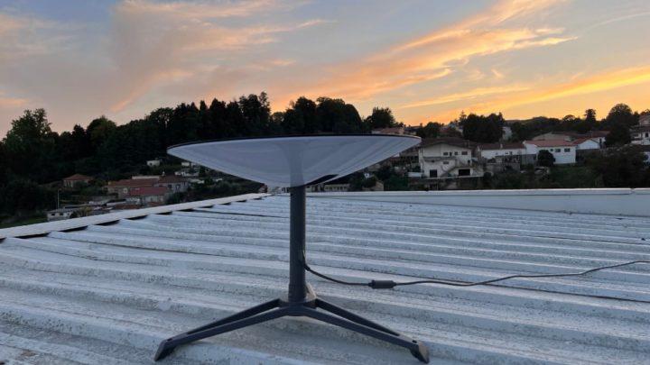 Imagem antena Starlink da SpaceX. Internet por satélite já em Portugal